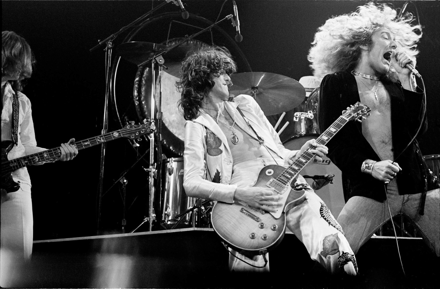 an introduction to the career of jimmy page a guitarist of led zeppelin During an american tour several years ago, led zeppelin guitarist and founder jimmy page sat in his hotel room selecting official press photos.