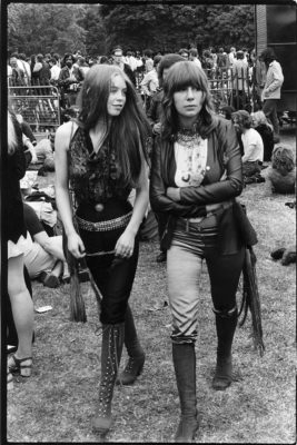 Sixties girls at Festival